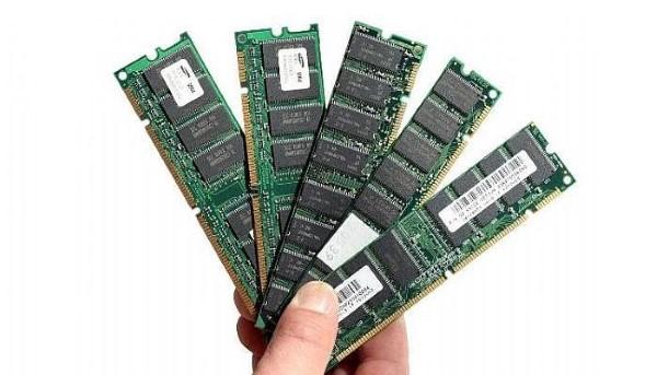 RAM càng lớn hiệu năng laptop càng cao.