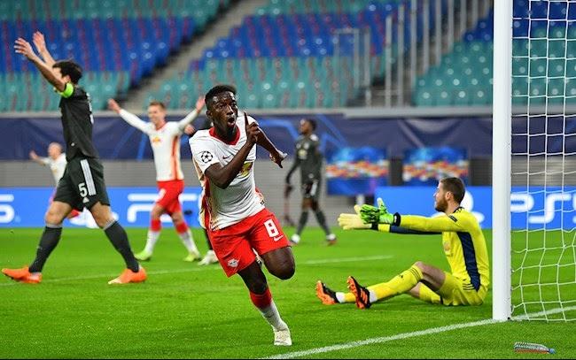 Man United để thua Leipzig 2 - 3 phải dừng cuộc chơi sớm